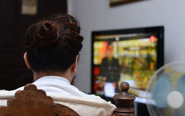 4 Great Things About Watching Tv All Day Long
